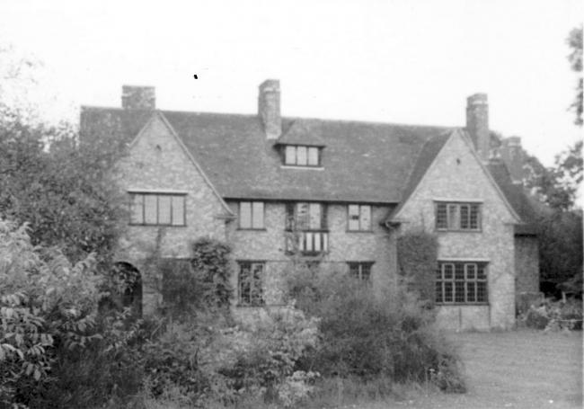 Bredon House in 1965/6 When the newly-established College was given the use of Bredon House in 1965, it made substantial alterations to the fabric to accommodate the functions of a college. The ground floor rooms were knocked through to create a large dining room; and the attics were converted into bed-sits with two additional dormer windows in the roof.