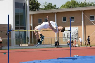Gunther Klobe in the high jump